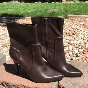 Nine West Newdramao Heeled Calf Boot Size 6